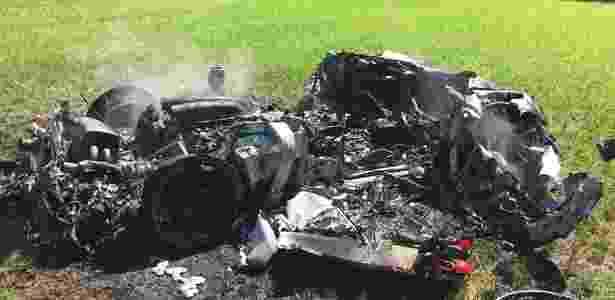 Ferrari comprada uma hora antes fica destruída em acidente - Divulgação/South Yorkshire Police - Divulgação/South Yorkshire Police