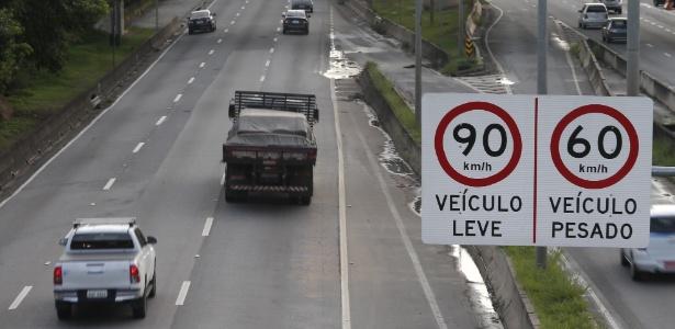 Os limites de velocidade nas marginais foram elevados em janeiro do ano passado