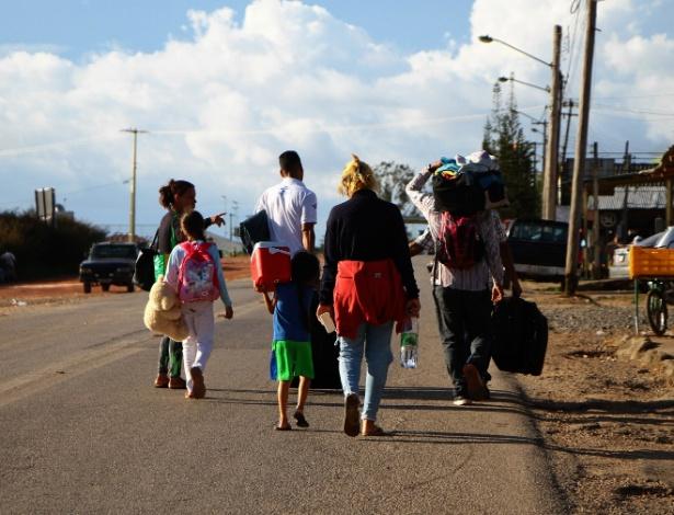 Venezuelanos na cidade de Pacaraima, fronteira do Brasil com a Venezuela - Edmar Barros/Futura Press/Folhapress