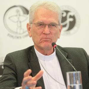 Em missa na CNBB, Leonardo Steiner deu puxão de orelha nos parlamentares