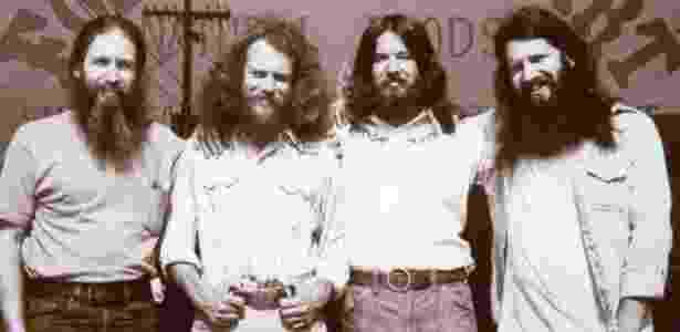 Bob Goldberg (à esq.) e seus três amigos fundaram a loja inicial de produtos veganos - Divulgação