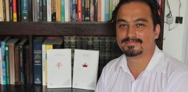 Rede formada por Thiago Turetti usa estratégias de Facebook e WhatsApp para angariar simpatia à candidatura