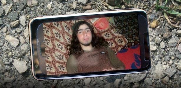 Esta é uma das fotos que estavam no cartão de memória achado no corpo de um militante do Estado Islâmico