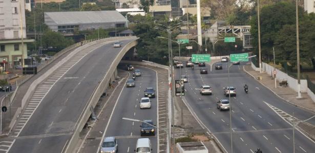Trânsito tranquilo na manhã de terça feira (29), em São Paulo