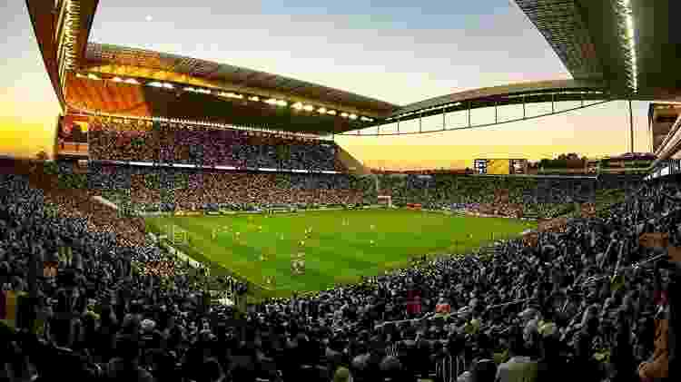 Corinthians ainda convidou Paulo Guedes a conhecer o estádio em um futuro próximo - Divulgação