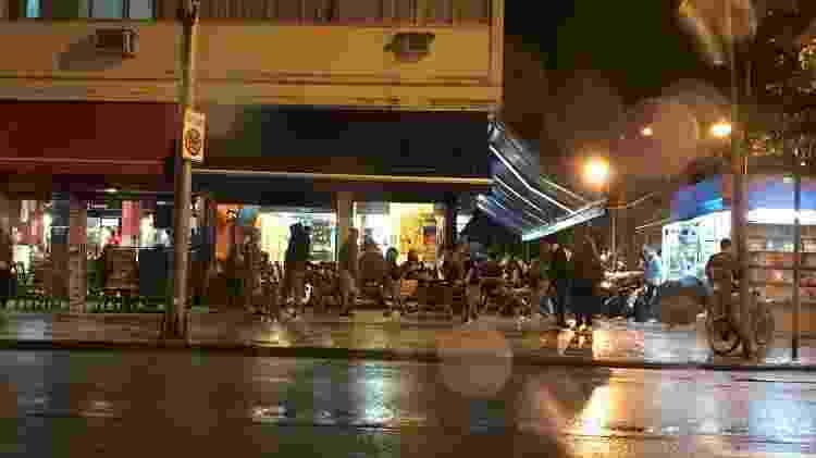 Bar Pavão Azul, em Copacabana (zona sul do Rio) - Lola Ferreira/UOL - Lola Ferreira/UOL