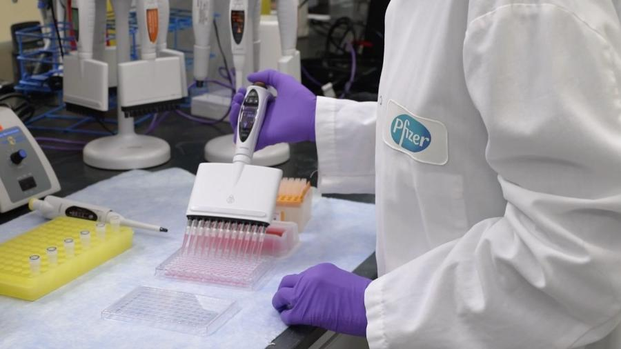 Apesar da liberação da Anvisa, o governo brasileiro não tem qualquer acordo de compra da vacina com a Pfizer - Divulgação