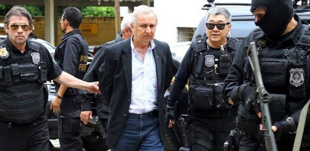 José Carlos Bumlai é levado por policiais federais