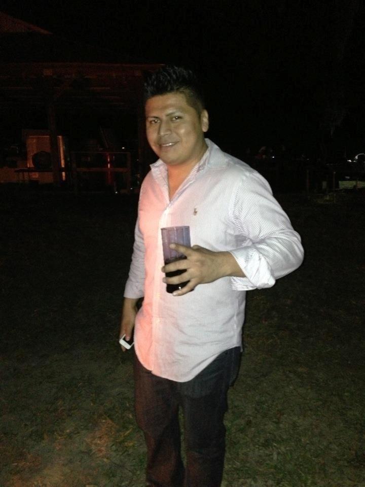 Miguel Angel Honorato, 30, também está entre as vítimas do massacre da boate Pulse, em Orlando, nos Estados Unidos. Ele estava na casa noturna com outros três amigos. Miguel tinha esposa e três filhos. Um de seus oito irmãos, Jose, contou à mídia local que ele possuía um restaurante mexicano com os pais