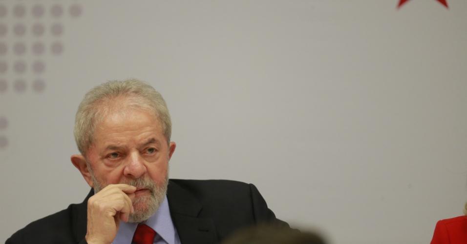 24.abr.2017 - O ex-presidente Luiz Inácio Lula da Silva participa do seminário