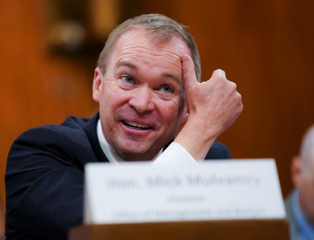 Mick Mulvaney, diretor de orçamento da Casa Branca, testemunha perante a Comissão Orçamentária do Senado sobre a proposta do presidente Donald Trump, em Washington