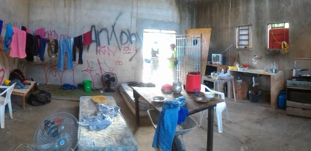 Local em que quatro venezuelanos e dois cubanos viviam em condições análogas à escravidão em Boa Vista (RR)