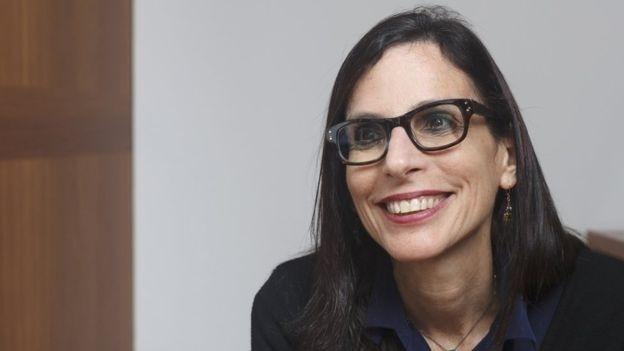 Lilia Moritz Schwarcz é professora do departamento de Antropologia da  Faculdade de Filosofia 5b41ab33e7198