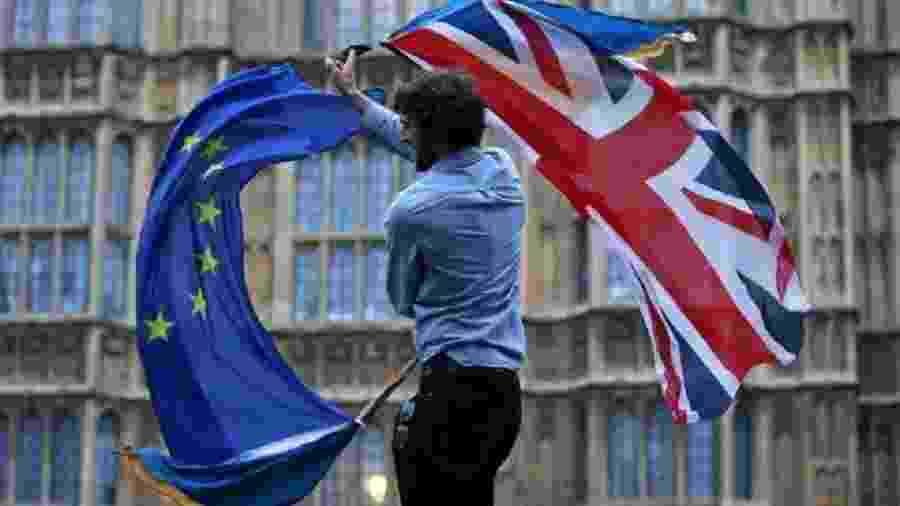 Acordo para o Brexit já foi rejeitado no Parlamento três vezes, e o prazo para a saída do bloco, adiado em duas ocasiões - AFP