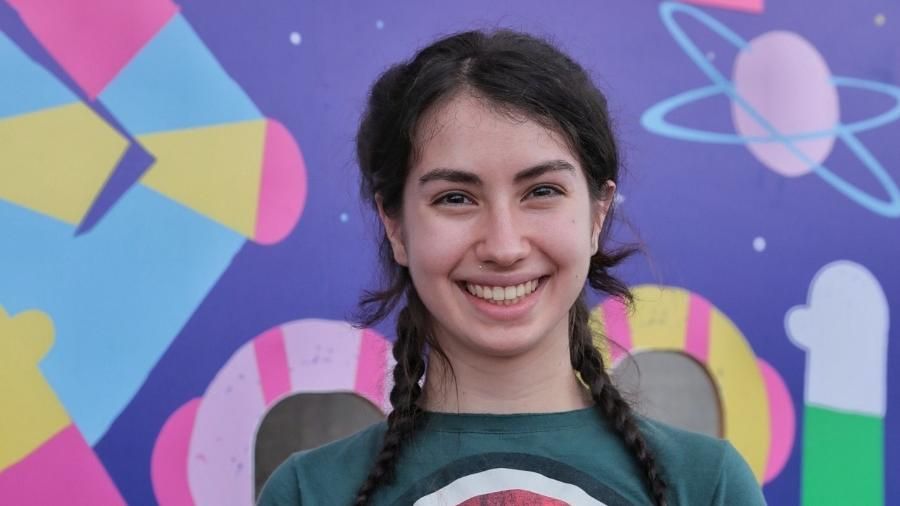 A estudante Mariana foi vencedora do prêmio Força Meninas, iniciativa que visa capacitar jovens a desenvolverem suas habilidades - Divulgação/Prêmio Força Meninas