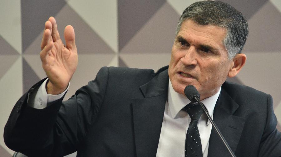 General Carlos Alberto Santos Cruz durante seu depoimento na CPMI da Fake News - RENATO COSTA /FRAMEPHOTO/FRAMEPHOTO/ESTADÃO CONTEÚDO