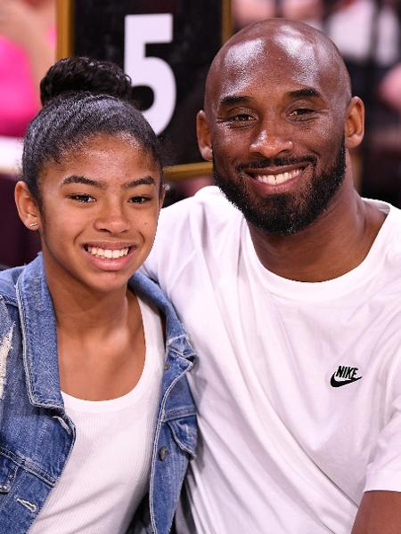 Kobe Bryant e a filha Gianna em uma partida de basquete em Las Vegas - USA TODAY USPW