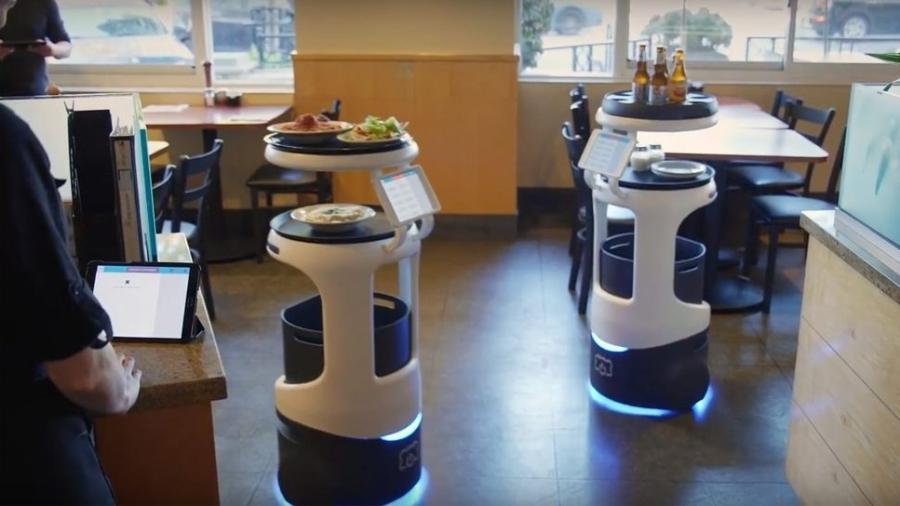 Robôs Penny trabalhando em um restaurante nos EUA - Divulgação