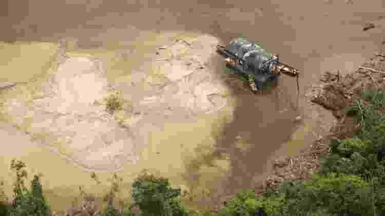 Novos focos de garimpo degradaram 114 hectares (o equivalente a 114 campos de futebol) de floresta na Terra Indígena Yanomami em março - Funai - Funai