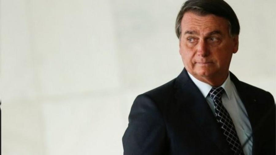 Presidente diz que prerrogativa de estabelecer vacinação obrigatória é do seu governo, mas norma criada pelo próprio Planalto contraria esse entendimento - Reuters