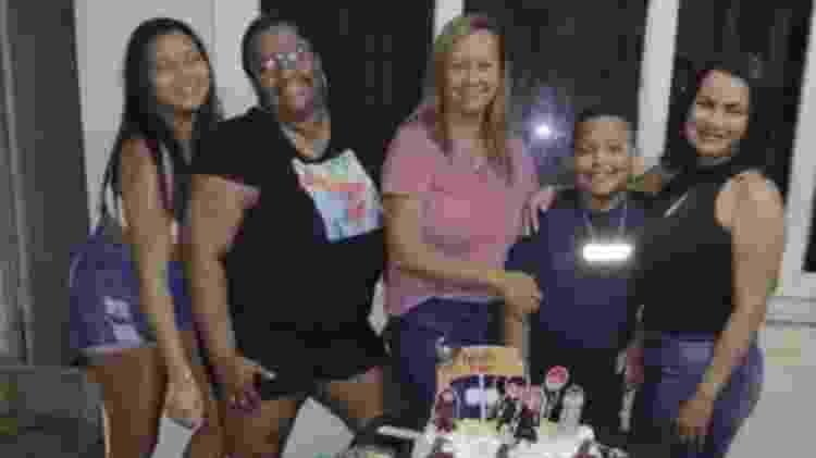 Nicollas comemora aniversário de 10 anos na companhia da família - Arquivo Pessoal - Arquivo Pessoal
