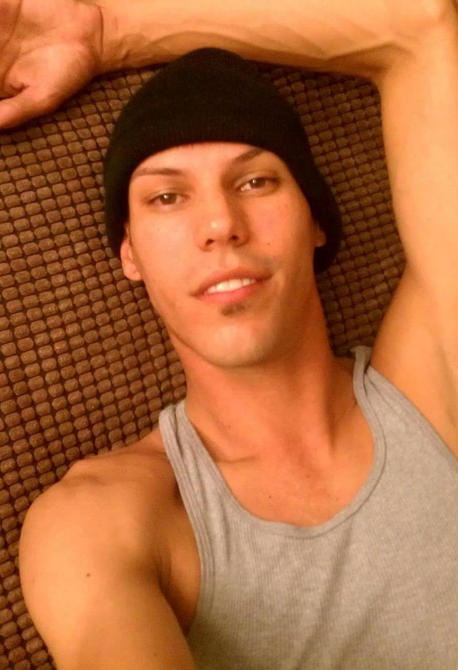 13.jun.2016 - Martin Benitez Torres, 33, foi morto no massacre que aconteceu na boate gay Pulse, em Orlando, na Flórida (EUA). Ele era de San Juan, Porto Rico, e havia chegado a Orlando recentemente para visitar a família. Horas antes de ser morto na boate, Torres aparecia em vídeos postados na sua página no Facebook comentando o quanto Orlando lhe parecia bonita