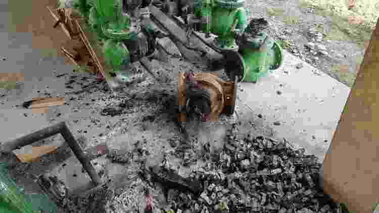 Kits de irrigação ficaram destruídos durante o incêndio - Divulgação/Dnocs