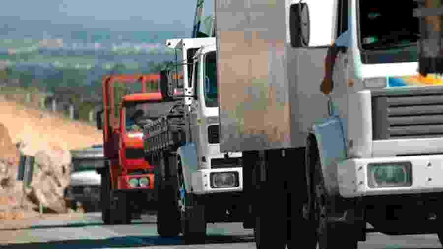 Assim como serviços médicos e imprensa, transporte de cargas foi definido por decreto presidencial como atividade essencial - Getty Images