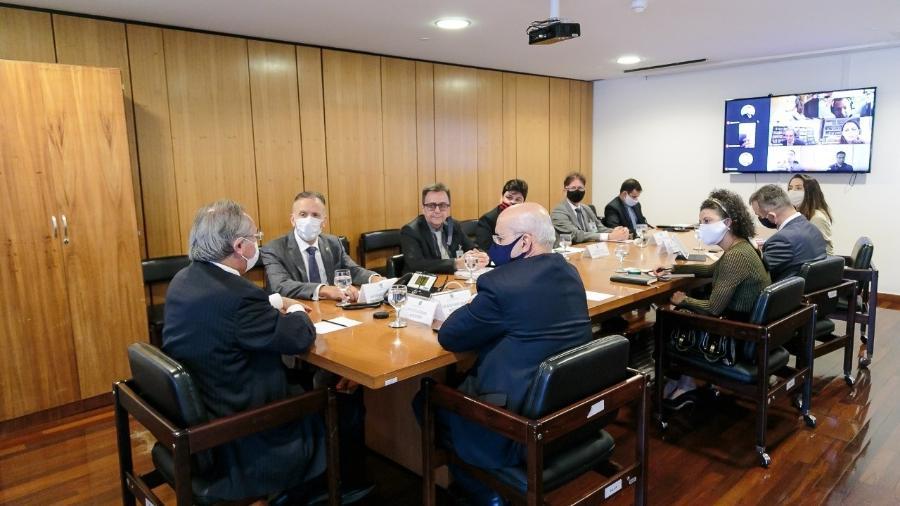 Ministro Paulo Guedes e Luiz Ramos participam de reunião da reforma tributária - Divulgação/ Secretaria de Governo