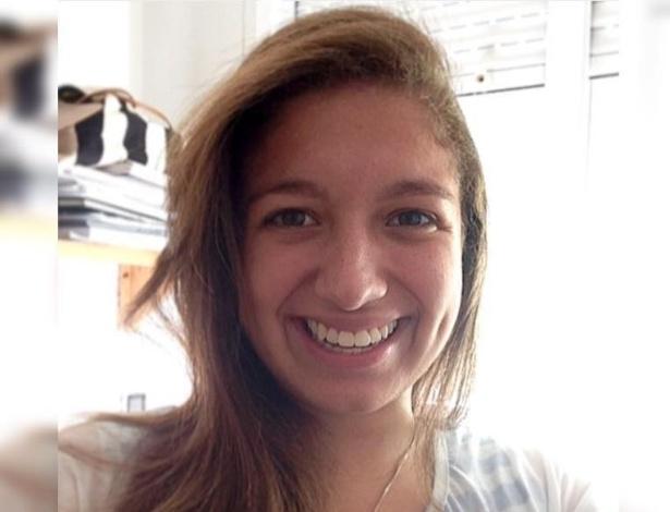 9.jun.2016 - Janaina Oliveira, 20, estudante do último ano de farmácia na UMC (Universidade de Mogi das Cruzes). O pai dela, Jairo Oliveira, conta que preparava a festa de aniversário da garota, que seria no próximo dia 28