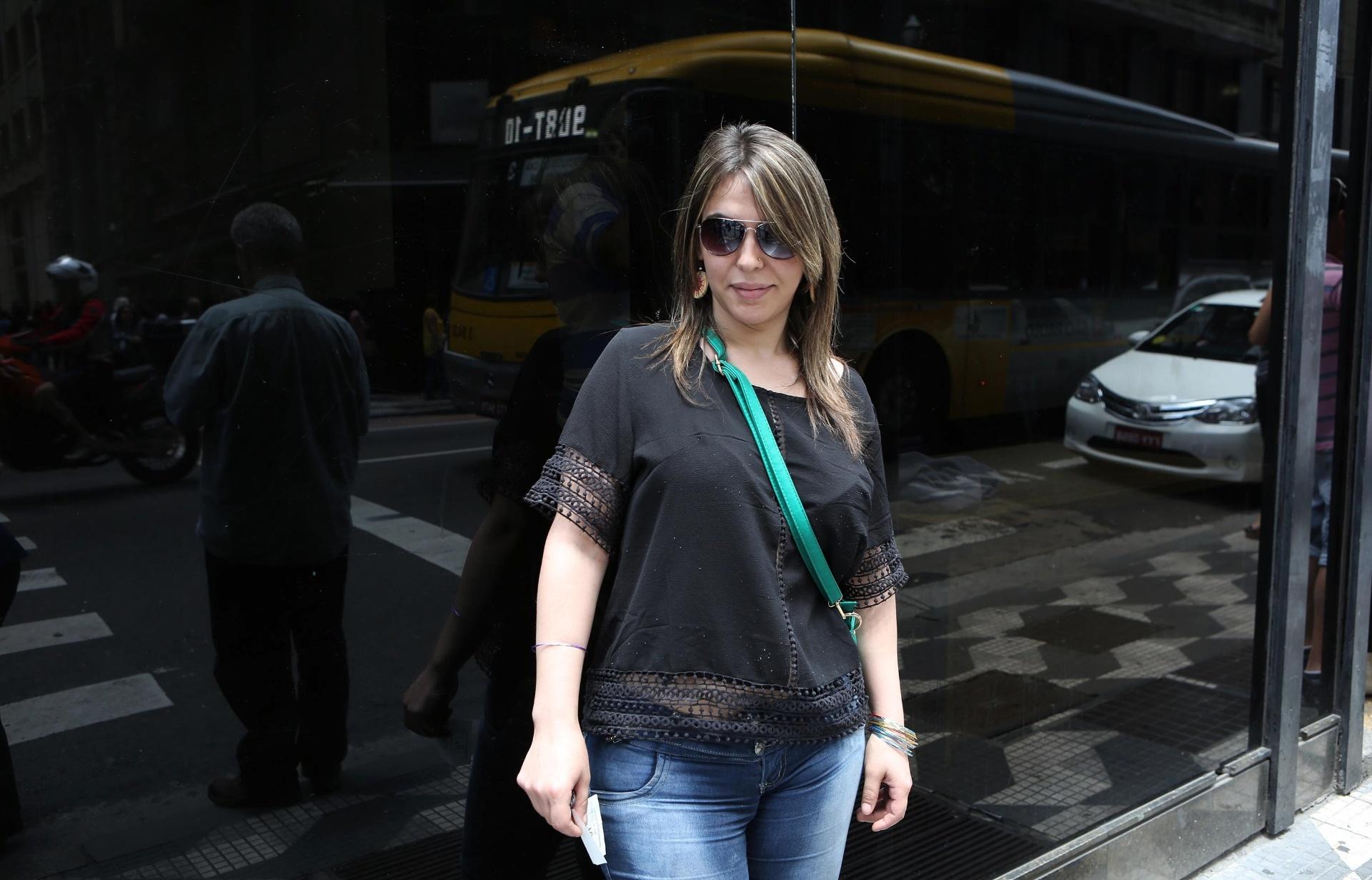 A paulista Milena Vila Nova, 29, participou de ação judicial conjunta para retificar o nome no registro civil, na Defensoria Pública do Estado de São Paulo, na capital paulista. Ela já entregou os documentos