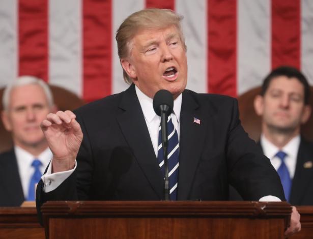 Presidente Donald Trump em seu primeiro discurso no Congresso norte-americano