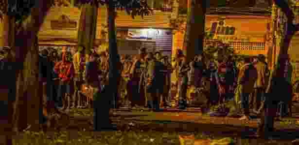 Usuários de crack se mudam para a praça Princesa Isabel, no centro, após ação da PM - Marlene Bergamo/Folhapress