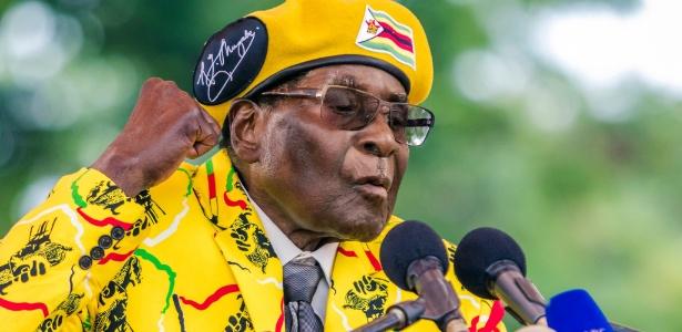 O presidente do Zimbábue, Robert Mugabe, no dia 8 de novembro