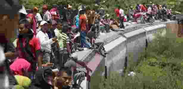 Adultos e crianças arriscam suas vidas em trem de carga conhecido como 'A Besta' para viajar rumo aos EUA - Getty Images via BBC - Getty Images via BBC