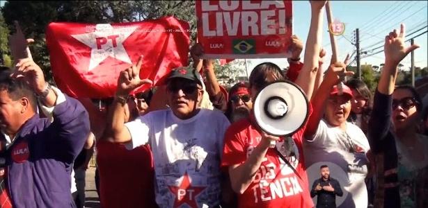 1°.set.2018 - Com a candidatura barrada pelo TSE, PT trocou pedido de votos por 'Lula livre'