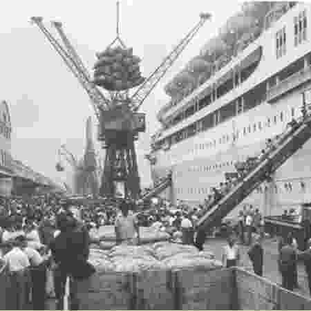 A revitalização do Porto do Rio de Janeiro foi um dos primeiros projetos apoiados pelo BNDES, na década de 1950 - Reprodução/ 'BNDES: Banco de História e do Futuro'