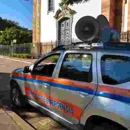 Um dos sete carros que soarão a mensagem de alerta em caso de rompimento da barragem - Luciana Quierati / UOL