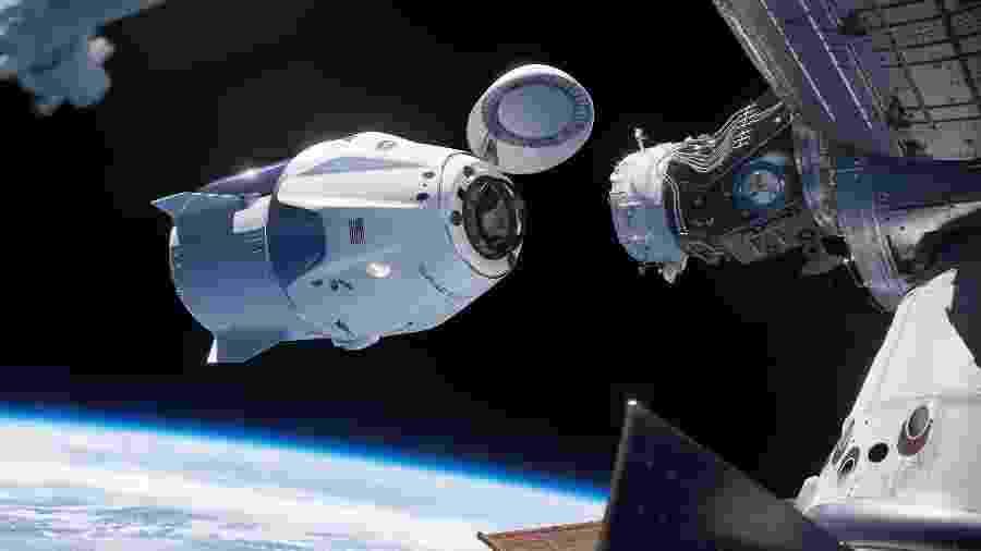 Em simulação da Nasa e da SpaceX, Crew Dragon se acopla à Estação Espacial Internacional - Nasa