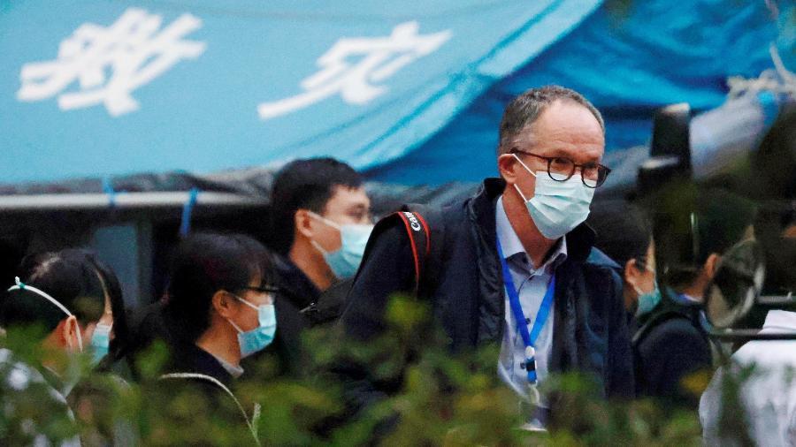 Ben Embarek informou que a delegação da OMS deve concluir a missão em Wuhan na próxima semana - Thomas Peter/Reuters