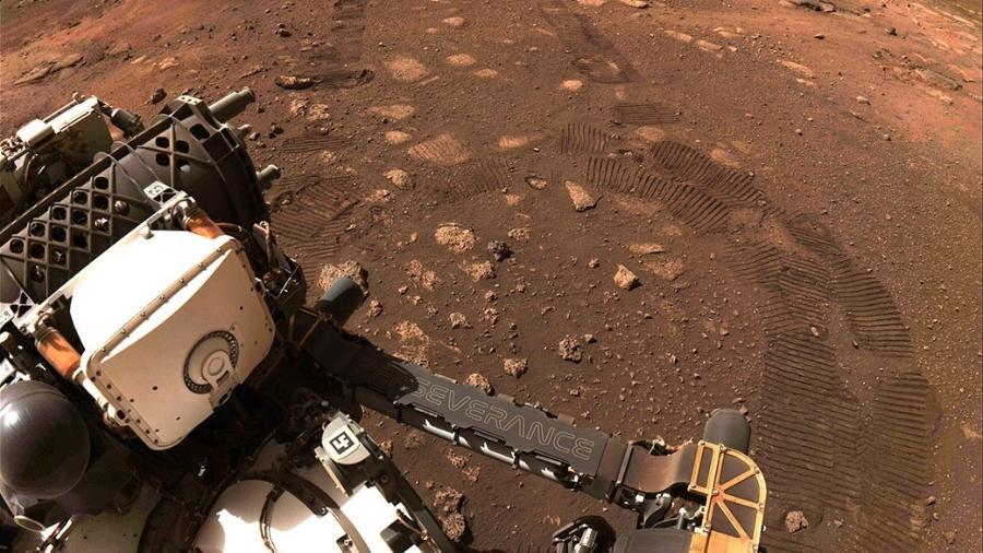 Imagem feita durante o primeiro deslocamento do Perseverance no solo de Marte, em 4 de março de 2021 - Nasa/ JPL-Caltech
