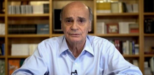 O médico Drauzio Varella, em imagem captada num dos vídeos que publica em seu canal no YouTube