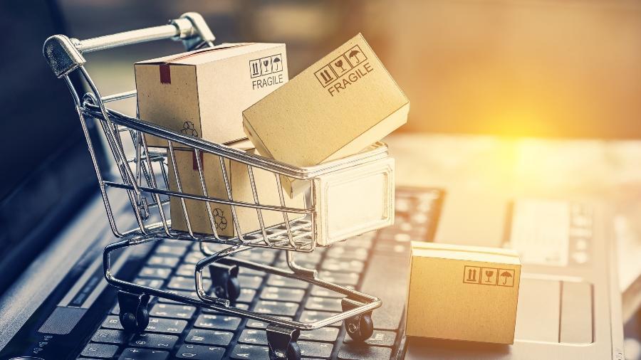 Setores que mais se destacaram no comparativo foram: hobby e livrarias, com um crescimento de (110%), e o de drogaria, com (88,7%) - Getty Images/iStockphoto
