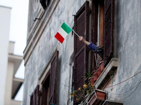 Coronavírus: Itália tem sinais esperançosos apesar de 766 novas mortes