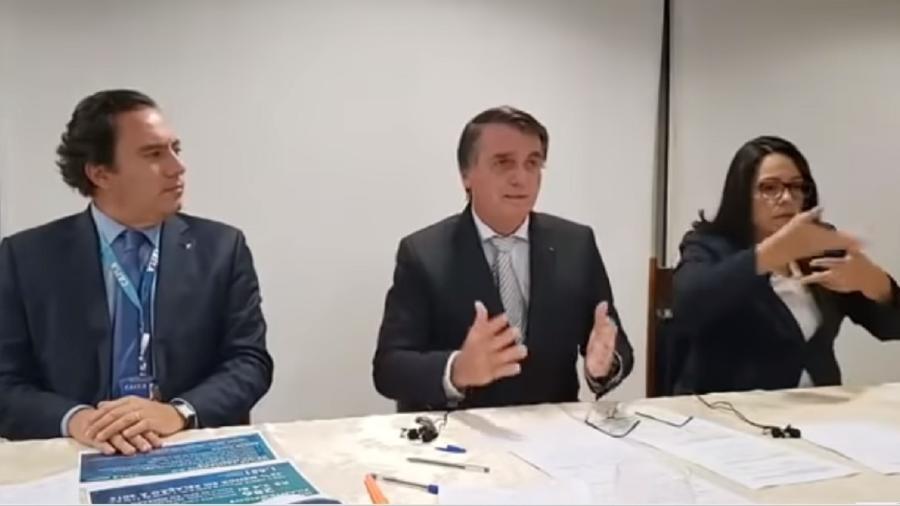 18.03.2021 - Jair Bolsonaro (sem partido) durante live em suas redes sociais - Reprodução