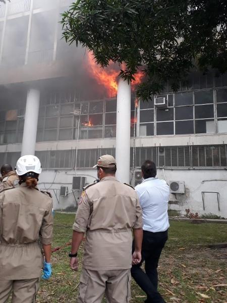 Incêndio atingiu na UFRJ na manhã de hoje; não há registro de feridos - Reprodução/Adufrj