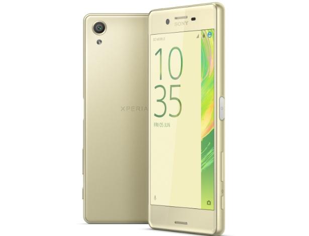 21.fev.2016 - Lançado pela Sony como parte de uma linha de três smartphones, o Xperia X é um intermediário com resolução HD, processador da MediaTek de oito núcleos, 2 GB de RAM e câmeras de 13 megapixels (traseira) e 8 MP (frontal). Todos os três aparelhos estarão com Android 6.0 e disponíveis no terceiro trimestre, e a Sony não revela preço