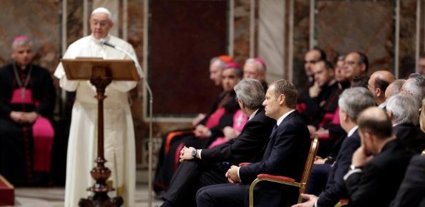 O papa Francisco faz discurso a líderes da União Europeia no Vaticano