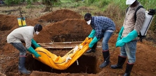 Milhares morreram de ebola na África Ocidental entre 2014 e 2016