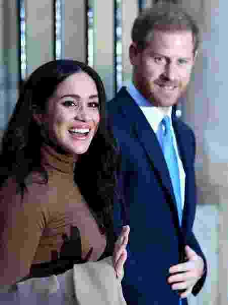 Príncipe Harry e Meghan Markle durante visita à Casa do Canadá, em Londres -